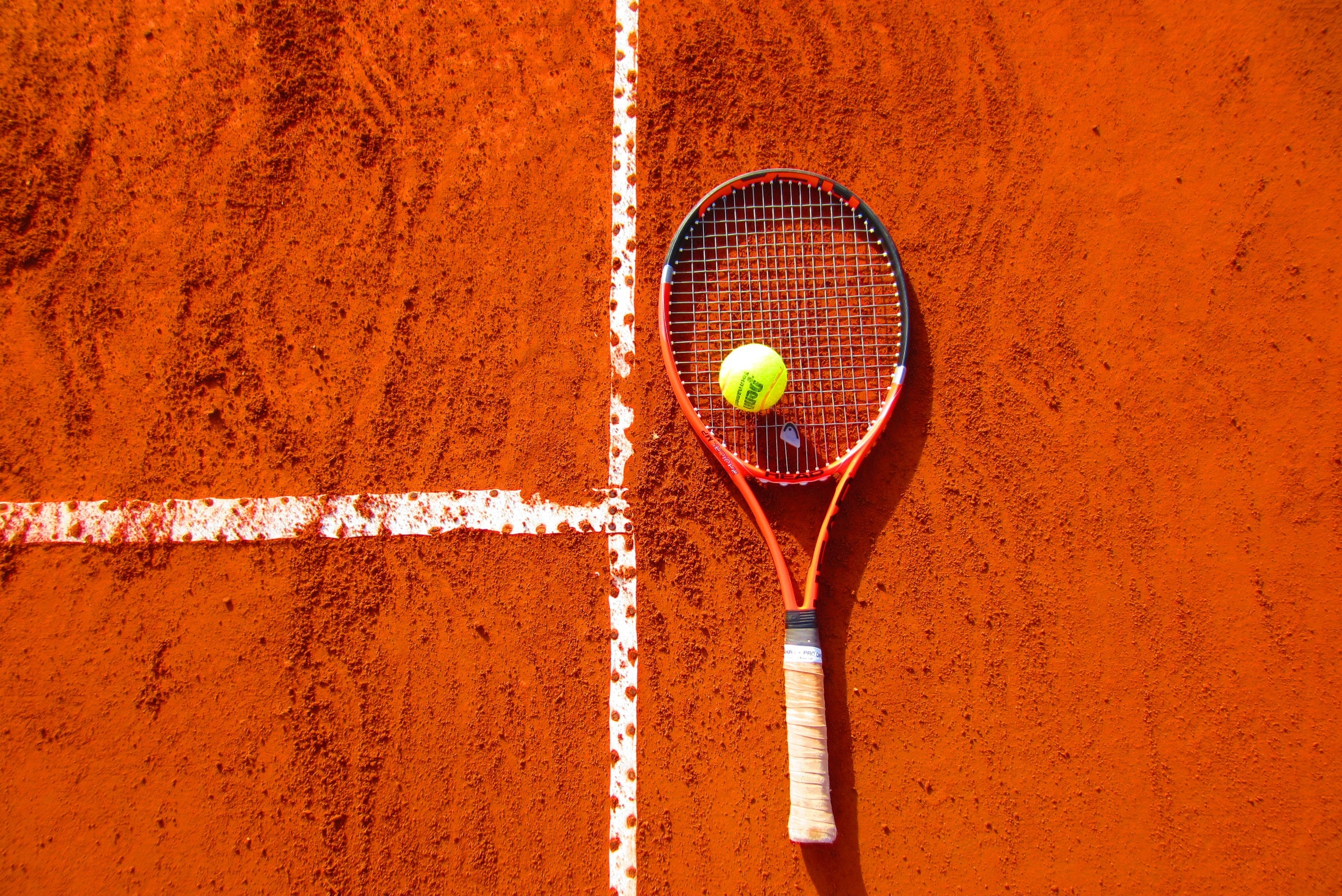 Best Tennis Racquets Under $100